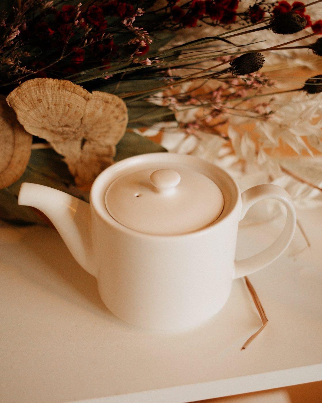 short stack tea pot in white