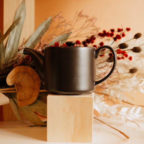 short stack tea pot in black