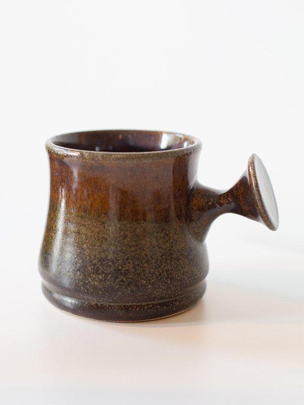 knob-ergonomic-mug-t-art-pottery