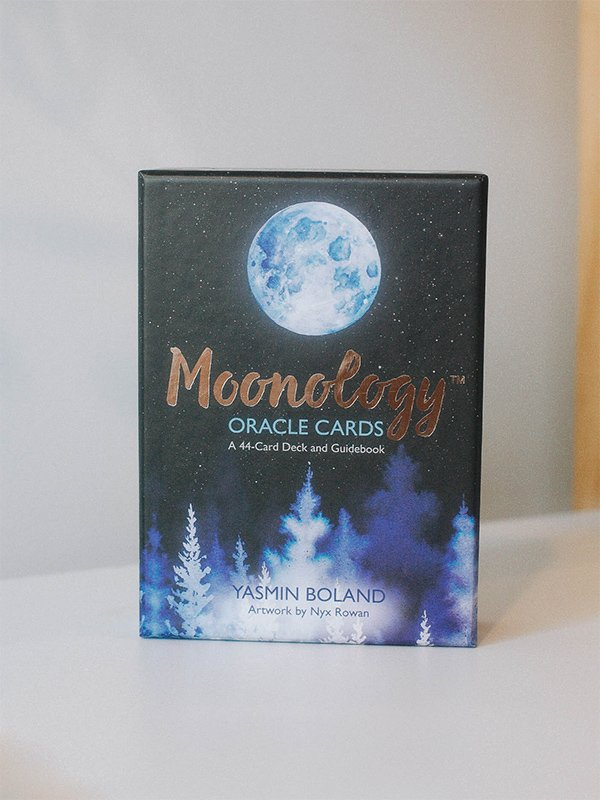 moonology-oracle-deck